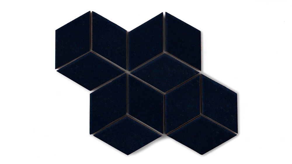 Composition__Navy_Blue__Small_Diamond_490_270_84_int_c1.jpg
